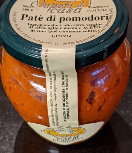 sundried tomatoes pate, glass jar